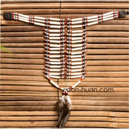 Индейское нагрудное украшение из кости